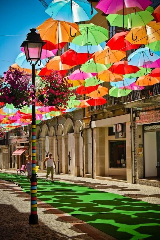 umbrellas-street